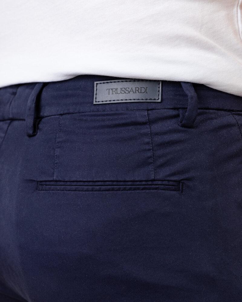 Spodnie Trussardi  52P00000_1T005016_U290 granatowy - fot:3