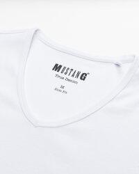 T-Shirt Mustang 1008814_2045 biały- fot-1