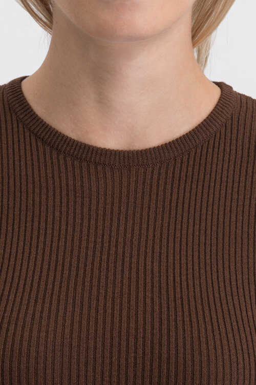 Sukienka Na-Kd 1018-003746_Brown Brązowy Na-Kd 1018-003746_BROWN brązowy